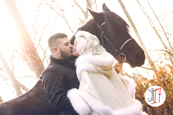 lifestyle/fashion shoot of couple in woods with horse